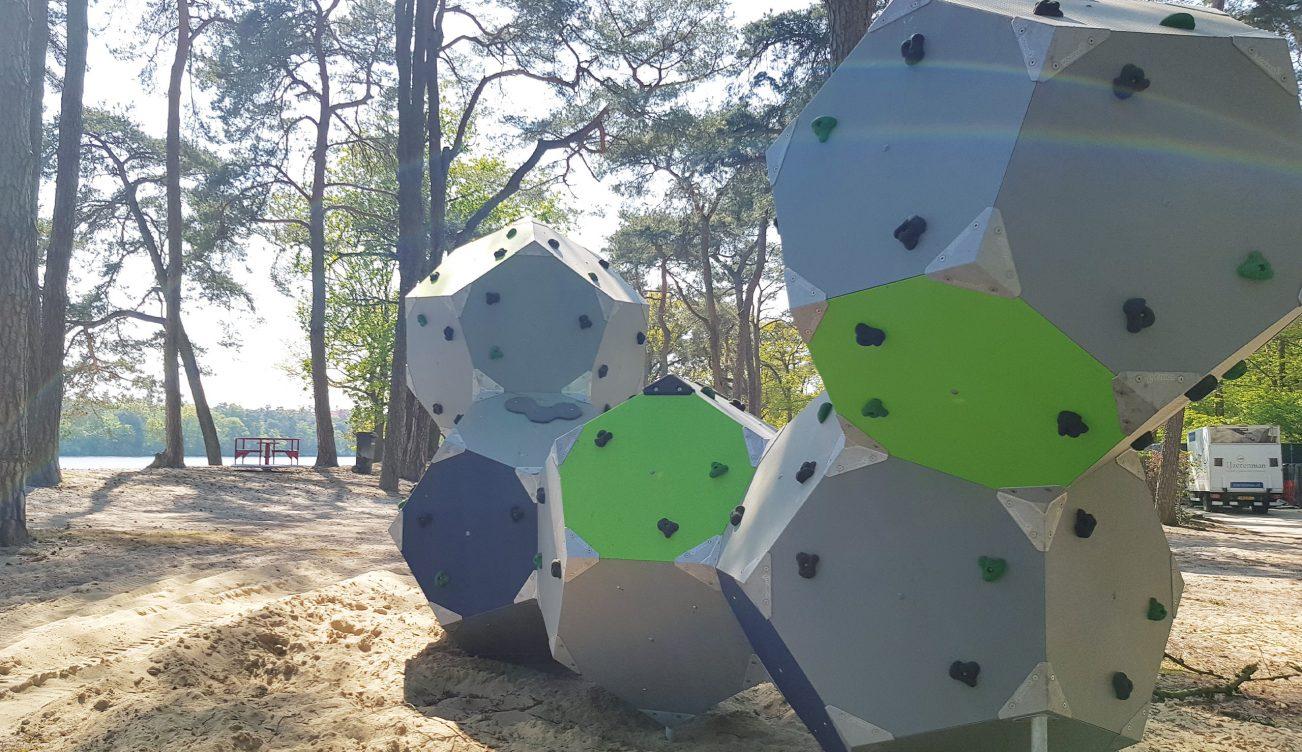 Klimblokken-Strandbad-speeltuin